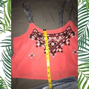 Mossimo Supply Co. Tops - NWOT Azetc boho floral coral crop top smal